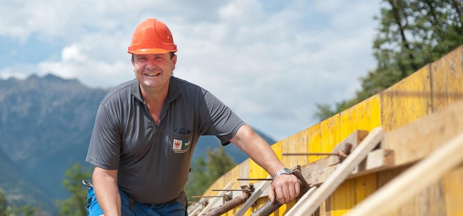 Bauindustrie, Bauhandwerk, Holzindustrie, Holzhandwerk, Wildbachverbauung